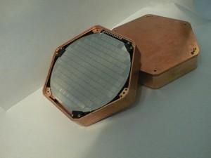 cdms-silicon-detector-300x225